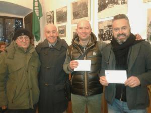 Consegna del contributo di beneficenza del concerto di fine anno 2015 ai responsabile delle associazioni
